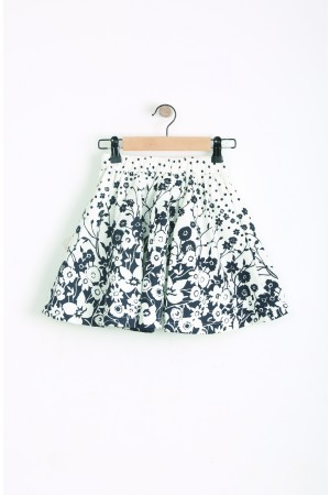 חצאית שחור לבן מסתובבת